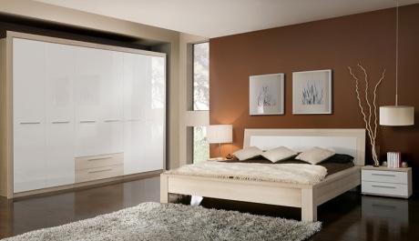 Ložnicový program Cremona Plus nabízí vysoce variabilní řešení vaší ložnice.