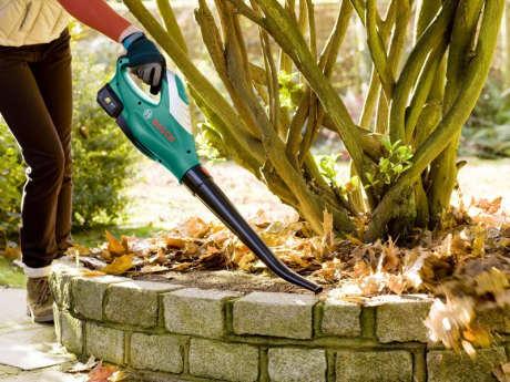 zahradní dmychadlo Bosch ALB 18 LI
