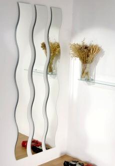 Lepení zrcadla na skříň