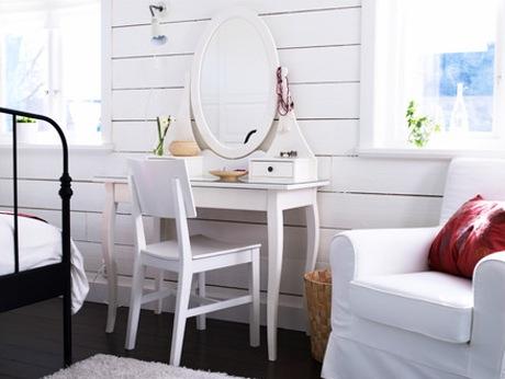 ... stolek je ideálním nábytkem do pokoje ve stylu Provence. Foto: IKEA