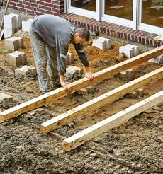 Stavba dřevěné terasy svépomocí