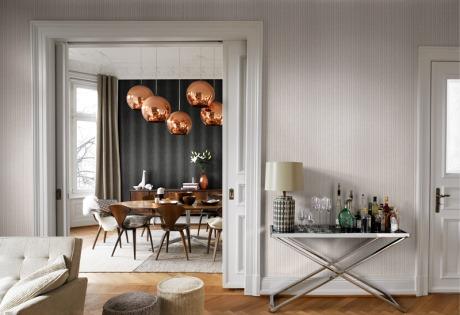 Tapety a tapetování - lesklé efekty a stříbrná barva